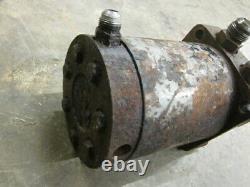Case 1835b 1835 b Hydraulic Drive Motor Left Right D137338 D137338R