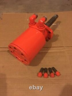 Case 444 446 448 tractor hydraulic drive motor with bolts