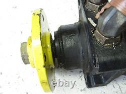 John Deere TCA12678 Rear Hydraulic Drive Motor 8800 8700 8500 7700 7500 Mower