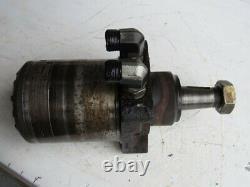 John Deere TCA17345 RH Right Hydraulic Drive Wheel Motor 7500E 7500 7700 Mower