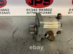 Reel drive hydraulic motor X Ransomes 213 motor mower 8411903006. £60+VAT