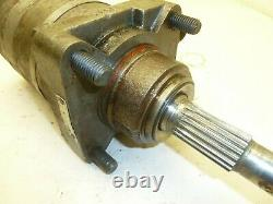 Used Case 1835 HYDRAULIC DRIVE MOTOR left or right 1835b BADLY WORN SPLINES