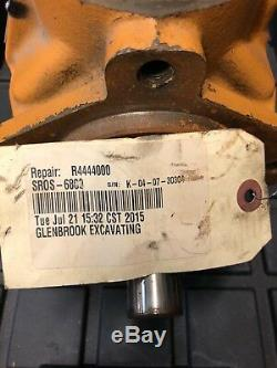 Used Hydraulic Drive Motor Case 95XT 90XT Danfoss SunSource uni loader skid