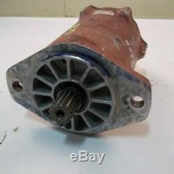 Used Hydraulic Drive Motor John Deere 125 70 GG250-32258 Owatonna 440 250-32358