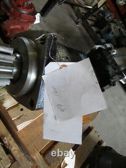 Vickers Tokimec Gear Motor U-CR-11-DMBR-089B Swing Drive Torq 480-640 265rpmNEW