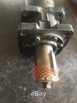 White Drive Products Hydraulic Motor SN 305084300 New Surplus Item